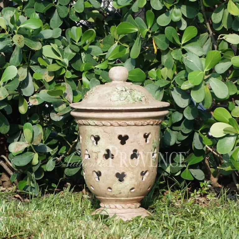 Garden Lantern Bric