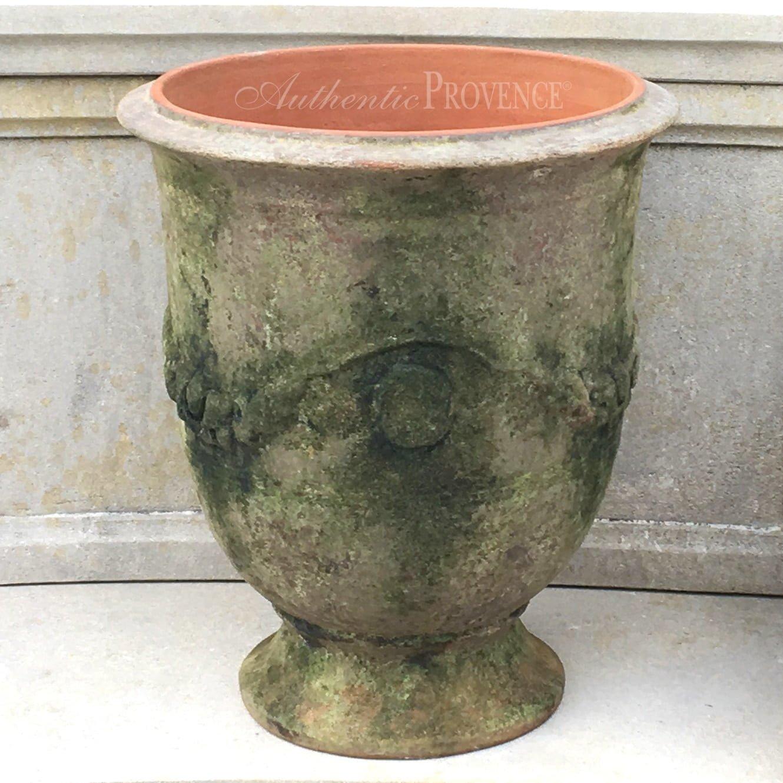 Garden Urn Grise