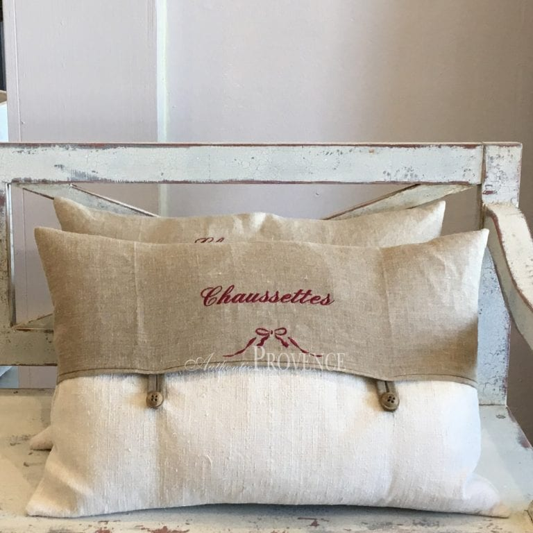 Lehon Burlap Pillow