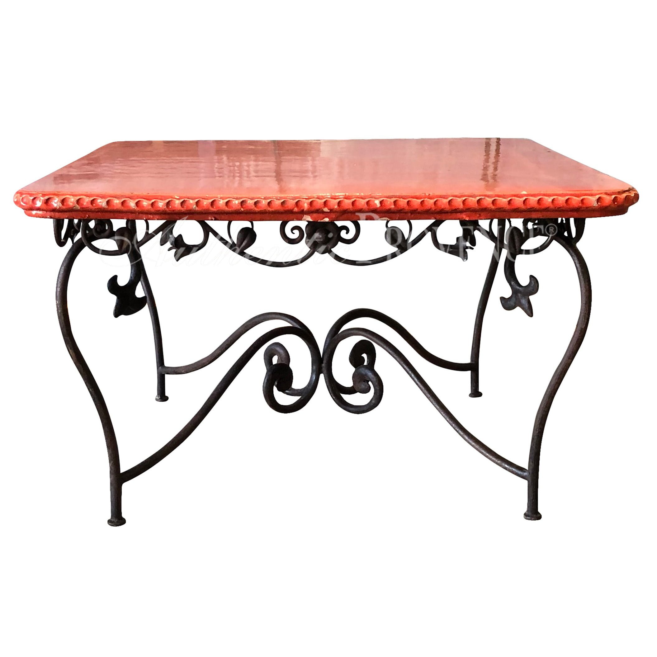 Table Decorative Rouge