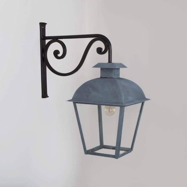 Venasque Wall Lantern