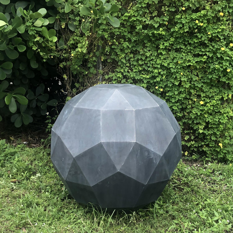 Luc Zinc Sphere